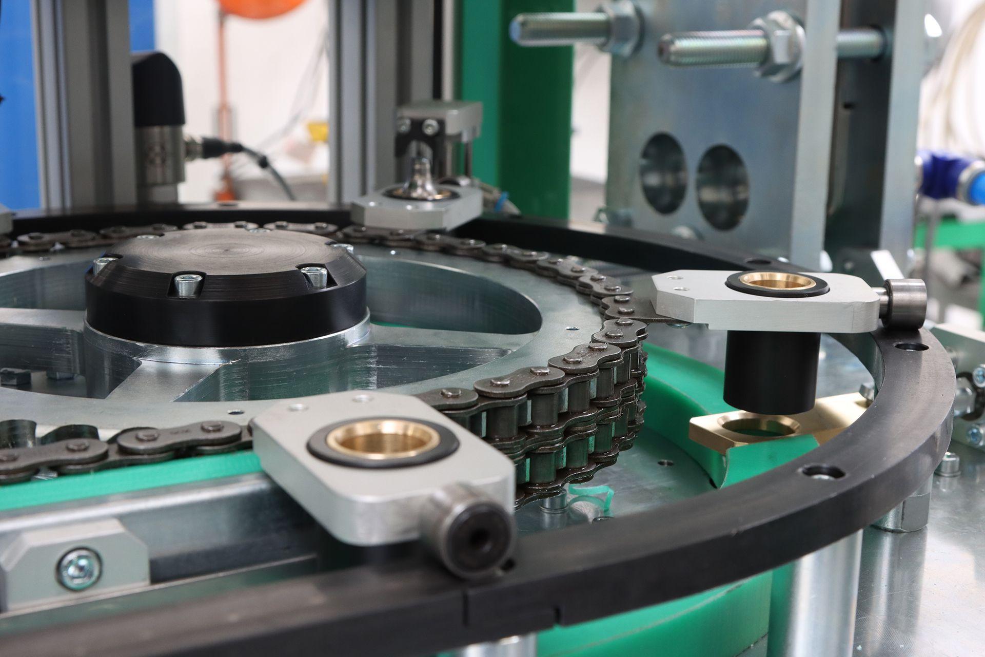 egyedi gépgyártás